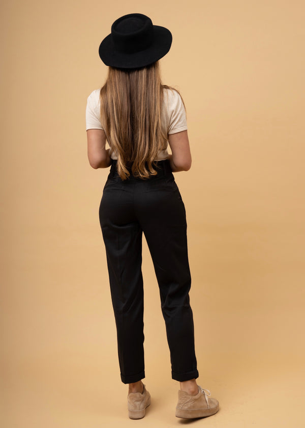 Dandy High-Waisted Trouser