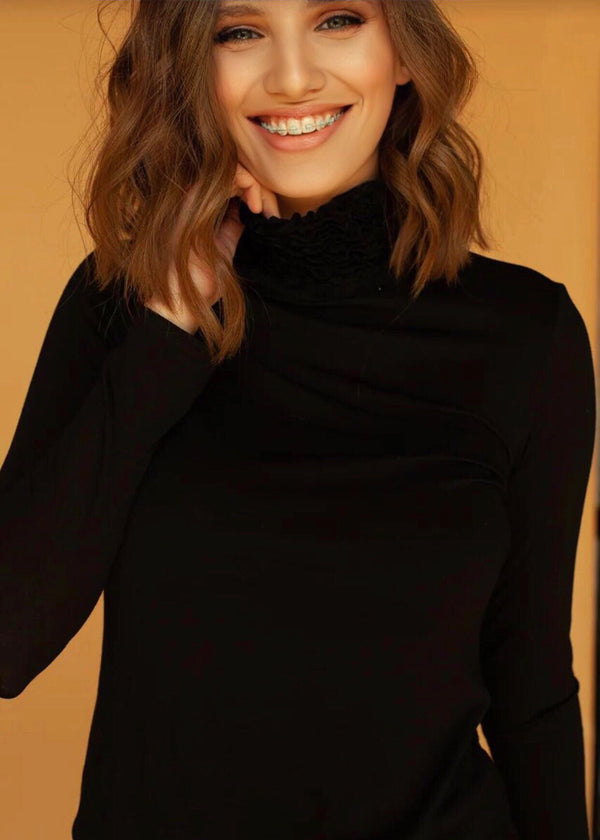 Nancy Turtle Neck in Black