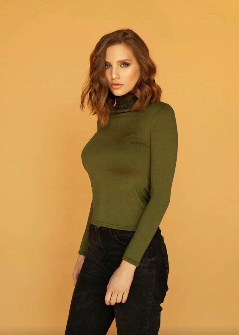 Nancy Turtle Neck in Khaki Green