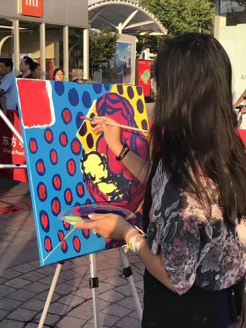 June 14, 2019: Painting at the Shanghai Pearl Tower for World Blood Donation Day