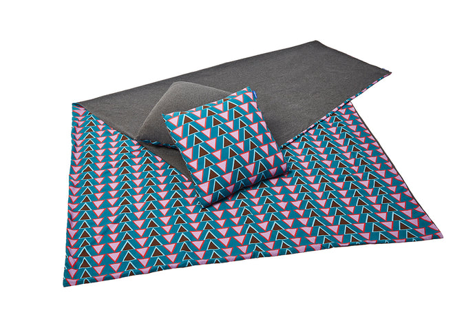 Stacked Triangles Blanket + Pillows