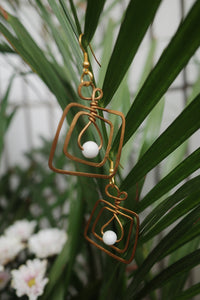 Square Brass White Bead Earrings | cukimber