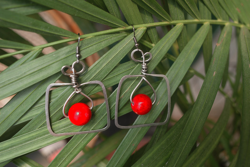 Square Red Bead Nickel Earrings | cukimber