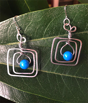 Square Nickel Bright Blue Bead Earrings | cukimber