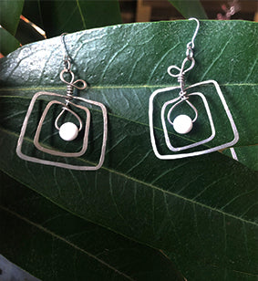Square Nickel White Bead Earrings | cukimber
