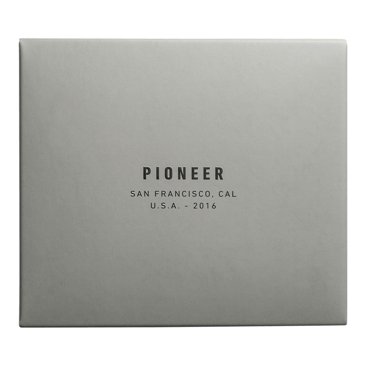 Pioneer Division 3PN Matte Billfold Wallet (Earth) - Packaging