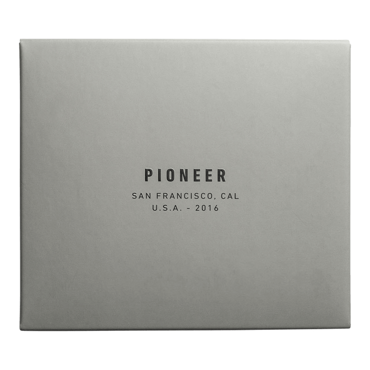 Pioneer Flyfold 3PN Matte Bifold Wallet (Evergreen) - Packaging