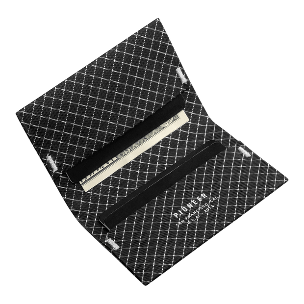 Pioneer ION 10XD Ripstop Bifold Wallet (Black) - Cards & Cash