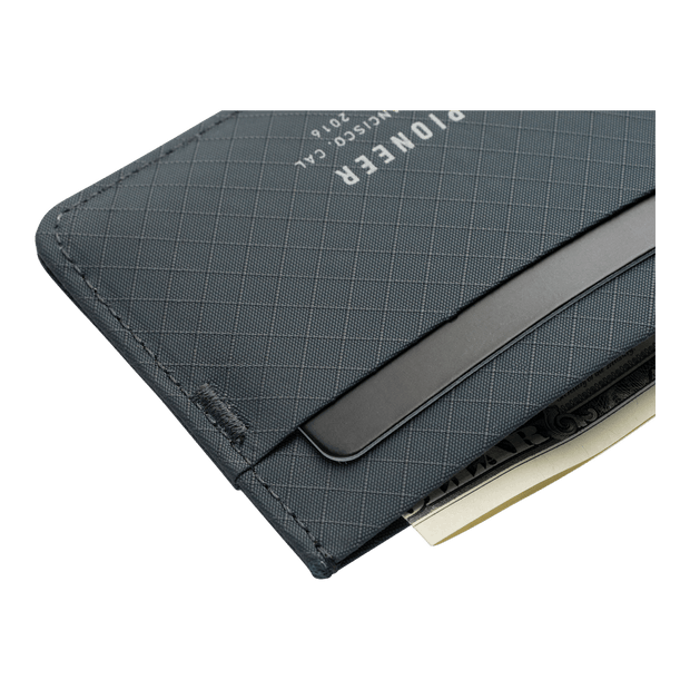 Pioneer Molecule 3PN Matte Card Wallet (Slate) - Close Up