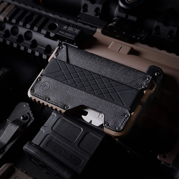 Dango T01 Tactical Bifold Spec-Ops Wallet (Desert Sand) - Mil-Spec Bolts