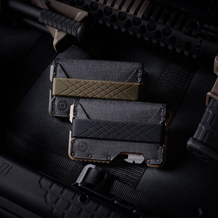 Dango T01 Tactical Bifold Spec-Ops Wallet (Desert Sand) - Cash Strap