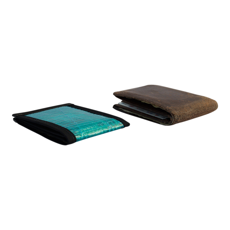 Flowfold Recycled Sailcloth Vanguard Billfold Wallet (Cyan) - Slim Profile