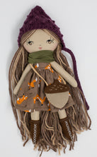 "Load image into Gallery viewer, Acorn bag (10"" and 14"" dolls)"