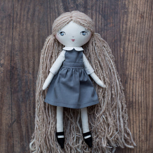 "School uniform (for 14"" and 10"" dolls)"