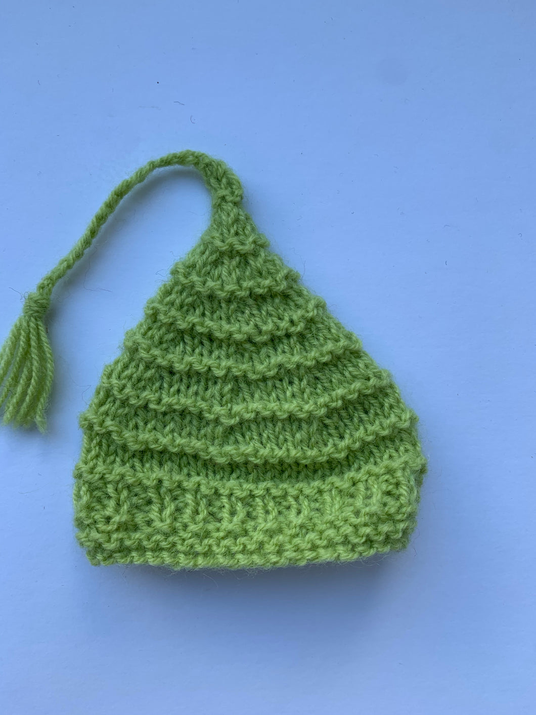 Pointy hat - green 10""