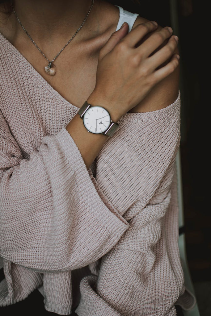 watches for women featured photo