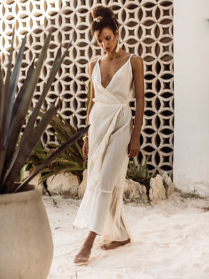 Criss-crossed wrap dress | Guayacán