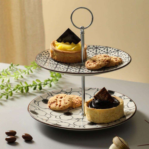 Daisy Two-Tier Cake Stand