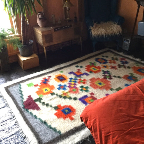 Plant Pot Hand Woven Rug For Plant Lovers Custom Made