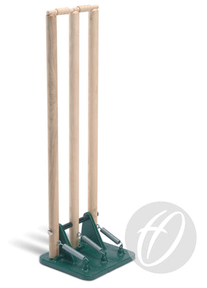 CP1 Cricket stumps