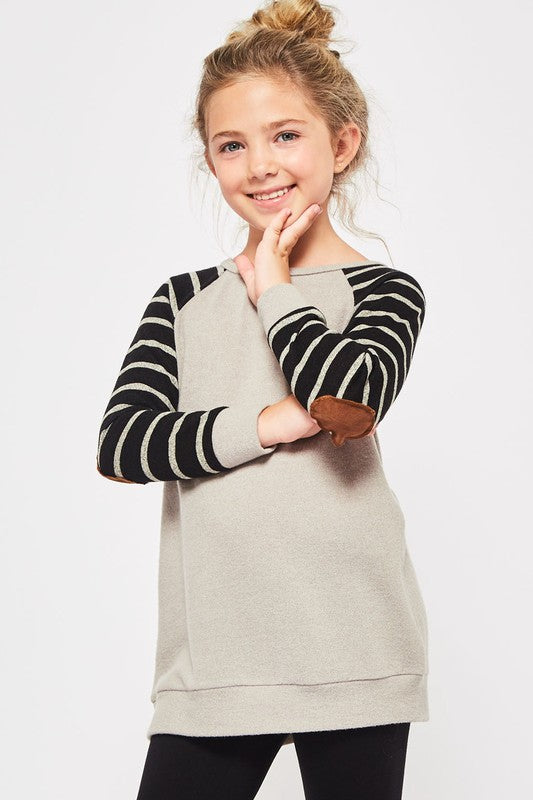 raglan sweater  |  stripes