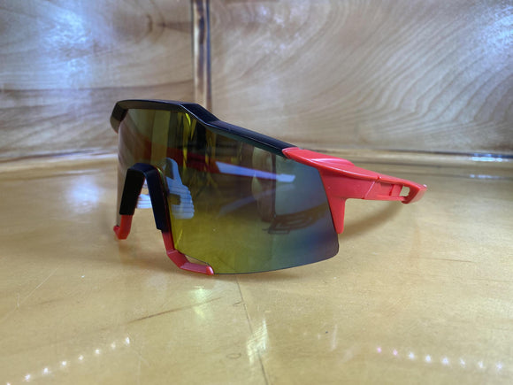 SUNGLASS : BLACK AND RED