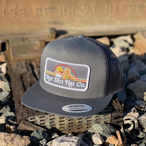 RED DIRT CAPS: SUNSET PATCH CHARCOAL / CHARCOAL EXCLUSIVELY TO BOTAS ROJERO
