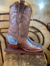 Load image into Gallery viewer, BR : ORIGNAL SNAKE RUSTIC NATURAL PYTHON SQUARE TOE BOOT