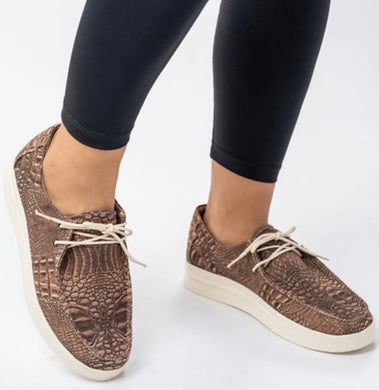 BROWN CROCO SHOES