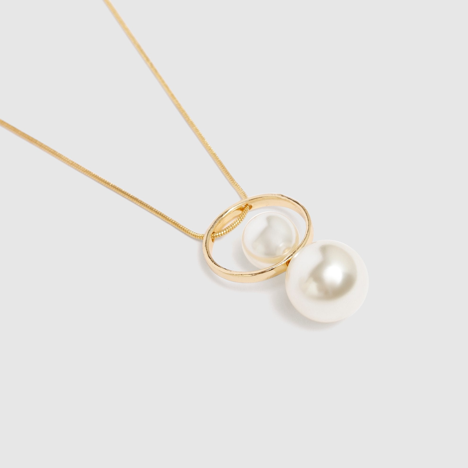 Double Pearl Necklace Close Look