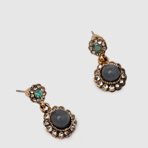 Vintage Earrings Stud Look
