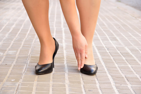 wearing high heels makes bunions issues worse