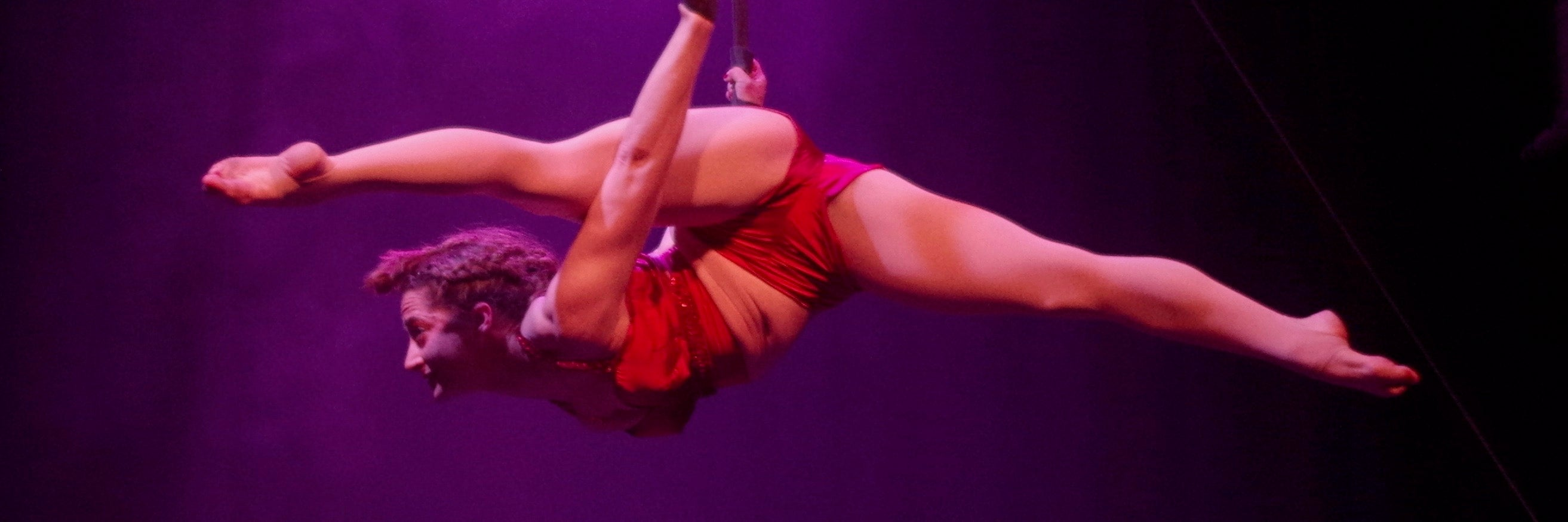 sizzling hot circus hoxton hall cabaret
