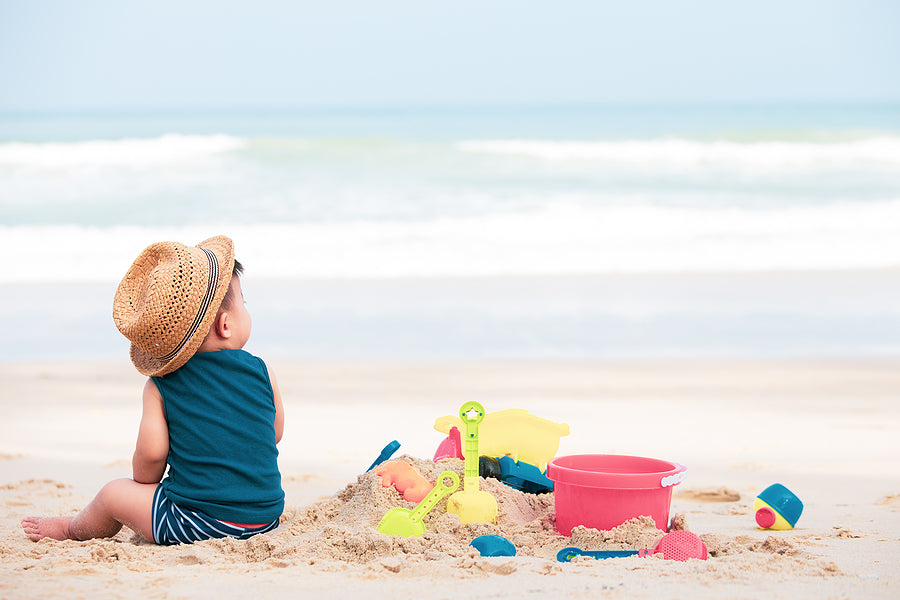 Ready to go, baby? 7 tips for baby's first beach trip