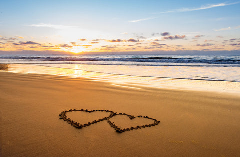 Tips for a romantic beach picnic