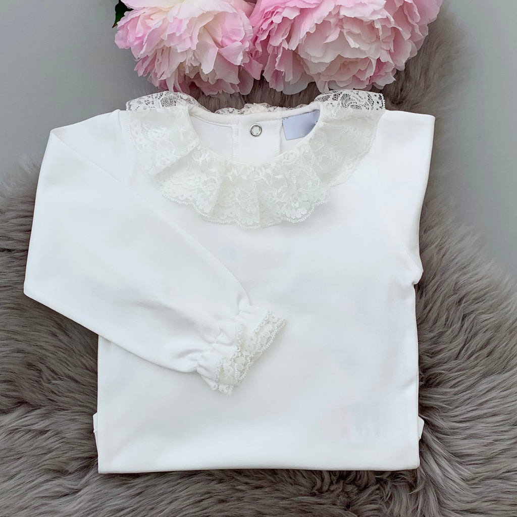 Portuguese baby bodysuit with long sleeves in ivory with full lace collar