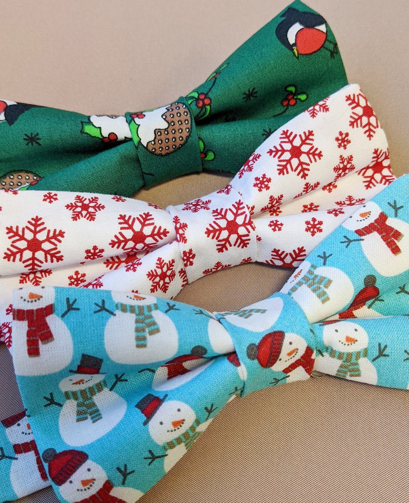 Falling Snowflakes Christmas Ready-Tied Bow Tie - Bow Ties - - ThreadPepper