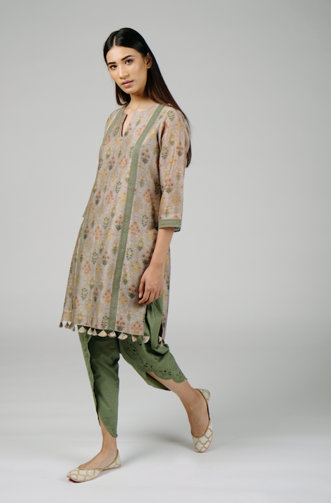 Short Kurta with Lace and Tassel Detailing with Pants