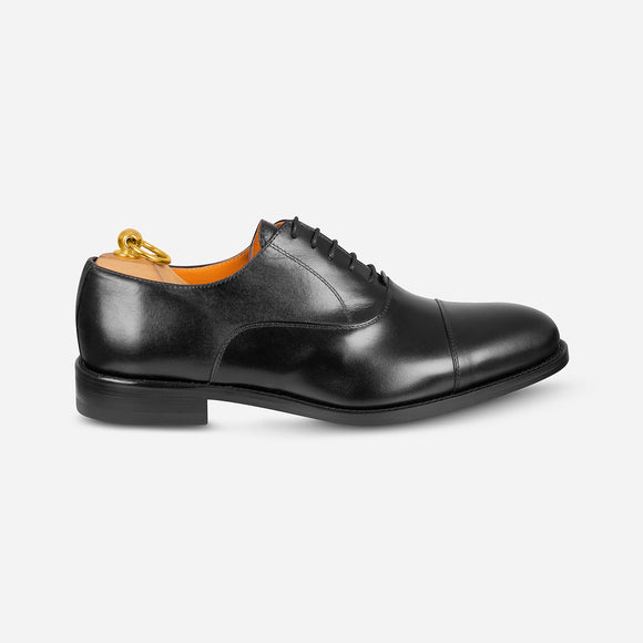 Oxford in Black