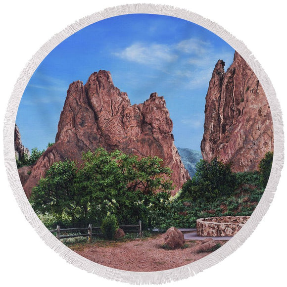 North And South Gateway Rocks - Round Beach Towel