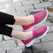Load image into Gallery viewer, Fashion ladies lightweight super comfortable hand-knitted shoes