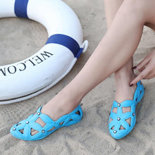 Load image into Gallery viewer, Women's Ultralight Flat Casual Mother Shoes Beach