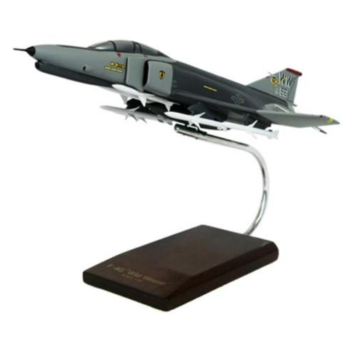 https://www.ebay.com/sch/i.html?_nkw=Daron+Worldwide+F+4G+Phantom+Usaf+Wild+Weasel+Model+Airplane&_sacat=0&_dmd=2