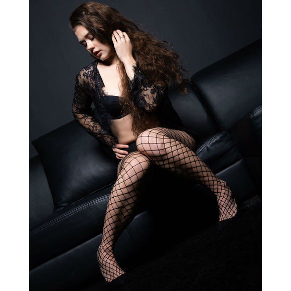EL813 Essexee Legs Large-Net Fishnet Tights