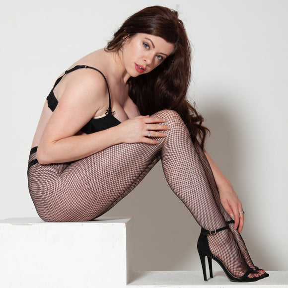 LEV689 Levante Classic Fishnet Tights