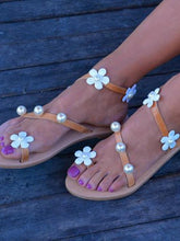 Load image into Gallery viewer, Flat Bottomed Flower and Pearl Adornment Toed Casual Sandals