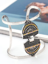 Load image into Gallery viewer, Metallic geometric openings diamond bracelets