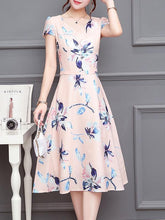 Load image into Gallery viewer, Floral Print Round Neck Short Sleeve Midi Dress
