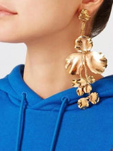 Load image into Gallery viewer, Exaggerated Dangle Earrings Leaves Shaped Drop Long Earrings