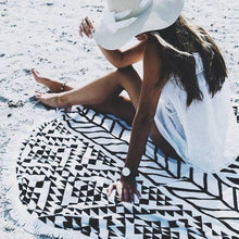 Load image into Gallery viewer, Hot Sale Geometric stitching printing fringed beach towel dual sun protection bath towel Mat